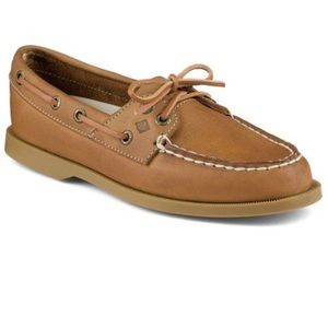 • sperry top-sider • sahara rudder boat shoes